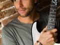 Eller-van-Buuren-Niloo-guitar